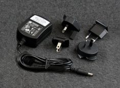 International Power Cord Set (included)